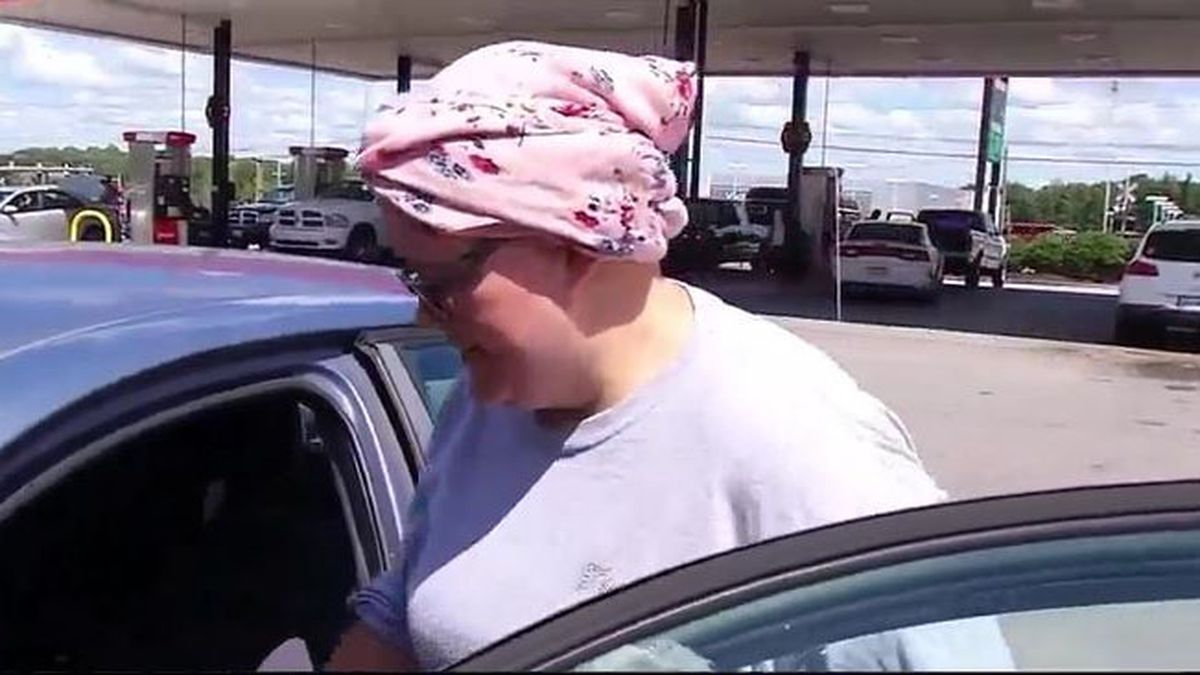Tennessee woman accused of faking cancer to gain donations being interviewed by police