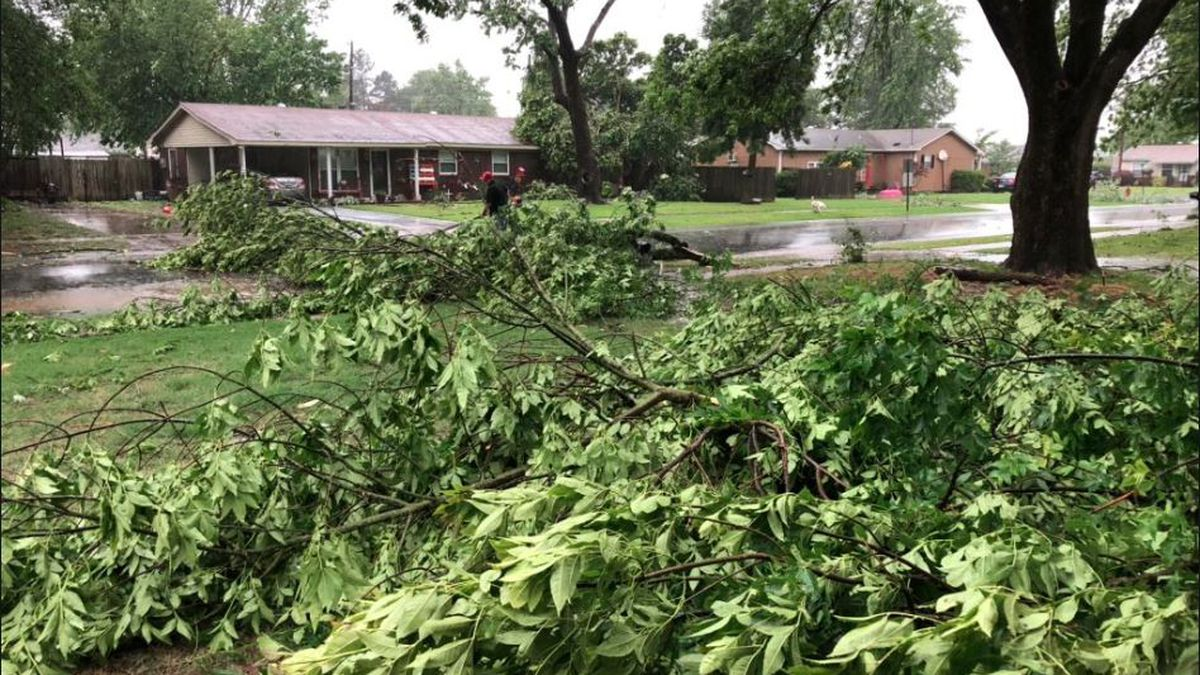 Power outages and damage reported as storms move through the Mid-South