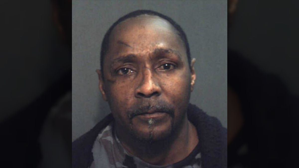 Deputies: Florida man killed with ax in fight over beer, lottery tickets