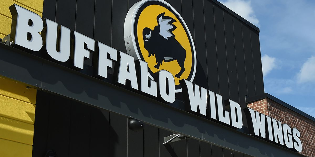1 dead, several injured in chemical incident at Buffalo Wild Wings in Massachusetts