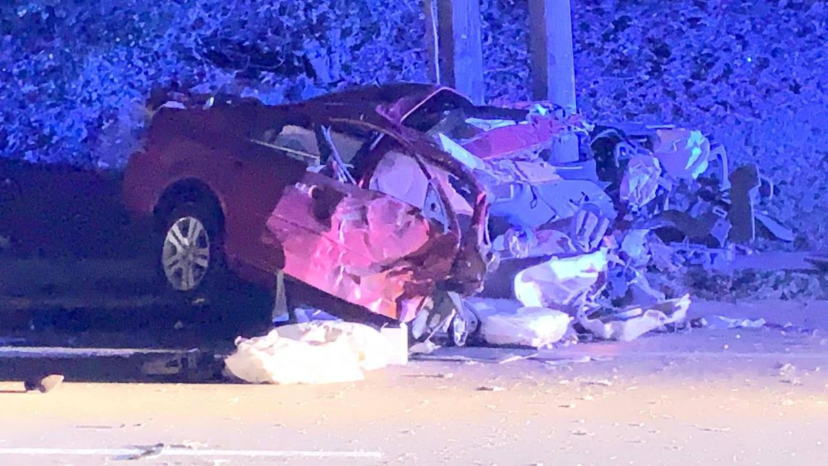 MPD officer recovering after car crashes into squad car