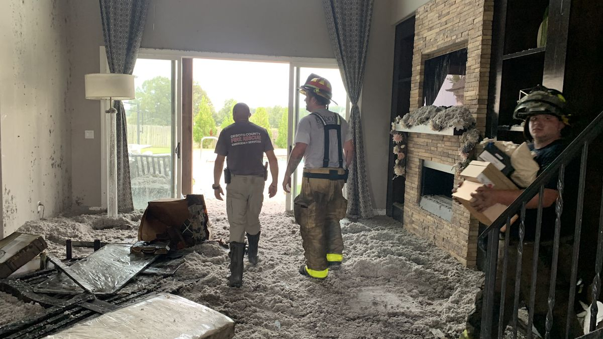 DeSoto County house catches fire after lightning strikes