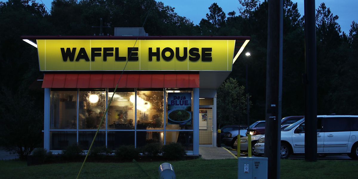 Waffle House to again offer romantic Valentine's Day dinners