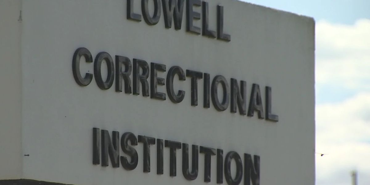 Florida correctional officer accused of trying to poison inmate with bleach, officials say