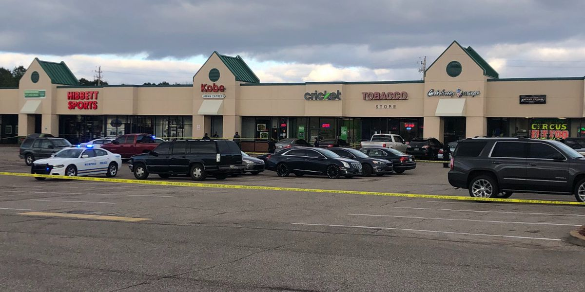 One injured in shooting at Southeast Memphis shopping center, police say