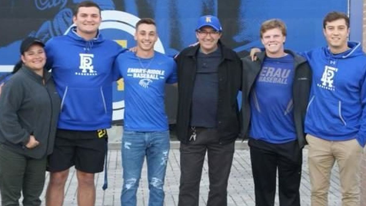 College baseball players save man after lawnmower crashes into water