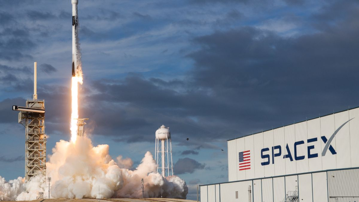 SpaceX launches Air Force's newest GPS satellite